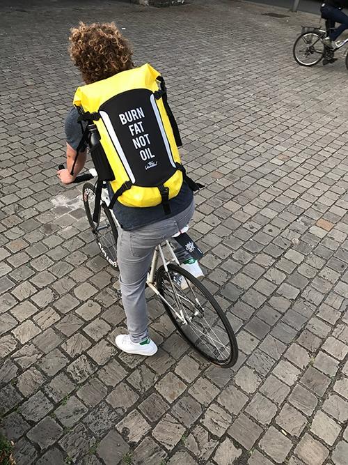 waterdichte fietsrugzak geel
